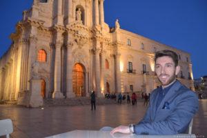 gentleman duomo piazza ortigia sicilia