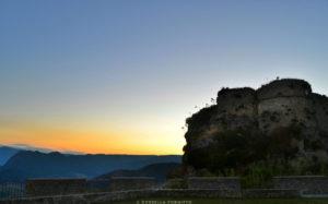castello gerace tramonto