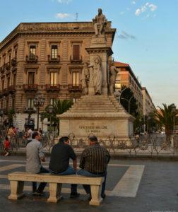 statua vincenzo bellini catania